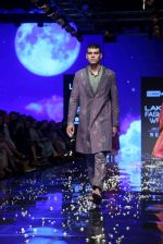 Model walk the ramp at Lakme Fashion Week 2019 Day 2 on 22nd Aug 2019 (131)_5d5f997666d46.JPG