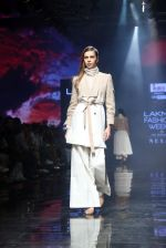Model walk the ramp at Lakme Fashion Week 2019 Day 2 on 22nd Aug 2019 (6)_5d5f982870718.JPG
