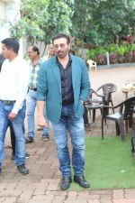 Sunny Deol on the sets of Dance India Dance at filmcity in goregoan on 22nd Aug 2019 (61)_5d5fa13bb5716.JPG