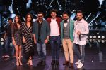 Sunny Deol, Karan Deol,  Saher Bamba, Kareena Kapoor on the sets of Dance India Dance at filmcity in goregoan on 22nd Aug 2019 (58)_5d5fa153091ec.JPG