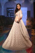 Diana Penty At Lakme Fashion Show Day 3 on 23rd Aug 2019 (10)_5d60ea3a3337e.JPG