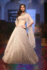 Diana Penty At Lakme Fashion Show Day 3 on 23rd Aug 2019 (9)_5d60ea379163a.JPG
