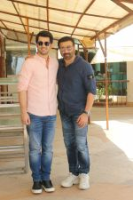 Karan Deol,  Sunny Deol at the promotion of film Pal Pal Dil Ke Pass in Sun n Sand on 23rd Aug 2019 (32)_5d60f90a1d2b9.JPG