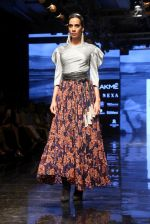 Model walk the ramp for Ritu Kumar at Lakme Fashion Week Day 3 on 23rd Aug 2019 (214)_5d60f48c69a7c.JPG