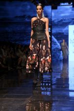 Model walk the ramp for Ritu Kumar at Lakme Fashion Week Day 3 on 23rd Aug 2019 (42)_5d60f2eb1dd6f.JPG