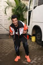 Varun Sharma for the promotions of film Chichore at Mehboob studio in bandra on 23rd Aug 2019 (25)_5d60ee1e71409.JPG