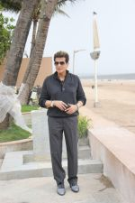 Jeetendra, Lakshya Kapoor spotted at Sun n Sand in juhu on 24th Aug 2019 (8)_5d62522fc4583.JPG