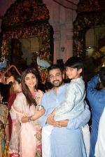 Shilpa Shetty with family at the janmashtami celebration at Iskon temple juhu on 23rd Aug 2019 (79)_5d6252ef2a9c8.JPG
