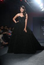 Rhea Chakraborty Walks For Ambika Lal At LFW 2019 on 24th Aug 2019 (14)_5d6388d1215fd.JPG