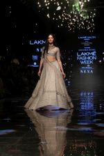Ananya Pandey walks for Anushree Reddy at LFW 2019 on 24th Aug 2019  (14)_5d63892a0d0a7.JPG