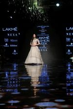 Ananya Pandey walks for Anushree Reddy at LFW 2019 on 24th Aug 2019  (6)_5d638906cb62f.JPG