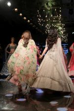 Ananya Pandey walks for Anushree Reddy at LFW 2019 on 24th Aug 2019  (66)_5d638a4a69544.JPG