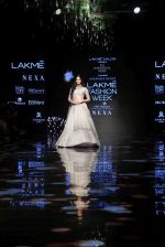 Ananya Pandey walks for Anushree Reddy at LFW 2019 on 24th Aug 2019  (7)_5d63890ae73b4.JPG
