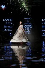 Ananya Pandey walks for Anushree Reddy at LFW 2019 on 24th Aug 2019  (9)_5d638913a729e.JPG