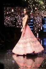 Ananya Pandey walks for Arpita Mehta at LFW 2019 on 24th Aug 2019  (24)_5d638a7da3948.JPG