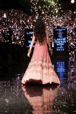 Ananya Pandey walks for Arpita Mehta at LFW 2019 on 24th Aug 2019  (28)_5d638a85826f8.JPG
