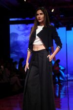 At lakme fashion week 2019 Day 4 on 25th Aug 2019 (15)_5d6391c2c575d.JPG