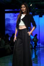 At lakme fashion week 2019 Day 4 on 25th Aug 2019 (16)_5d6391c632d87.JPG