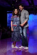 At lakme fashion week 2019 Day 4 on 25th Aug 2019 (22)_5d6391e5e7608.JPG