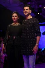 Divyanka Tripathi At lakme fashion week 2019 Day 4 on 25th Aug 2019 (60)_5d63920070c89.JPG