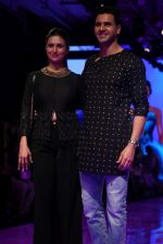 Divyanka Tripathi At lakme fashion week 2019 Day 4 on 25th Aug 2019 (63)_5d6392118bc40.JPG