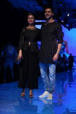 Divyanka Tripathi At lakme fashion week 2019 Day 4 on 25th Aug 2019 (65)_5d63922085748.JPG