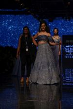 Kangana Ranaut walk the ramp for Disha Patil At lakme fashion week 2019 on 25th Aug 2019 (101)_5d63920a10c40.JPG
