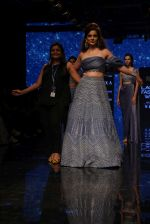 Kangana Ranaut walk the ramp for Disha Patil At lakme fashion week 2019 on 25th Aug 2019 (106)_5d63922a42fd5.JPG