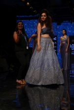 Kangana Ranaut walk the ramp for Disha Patil At lakme fashion week 2019 on 25th Aug 2019 (119)_5d63925d85b8b.JPG