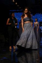 Kangana Ranaut walk the ramp for Disha Patil At lakme fashion week 2019 on 25th Aug 2019 (121)_5d6392631d210.JPG