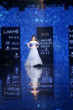 Kangana Ranaut walk the ramp for Disha Patil At lakme fashion week 2019 on 25th Aug 2019 (63)_5d639179c4101.JPG