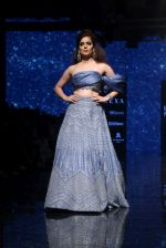 Kangana Ranaut walk the ramp for Disha Patil At lakme fashion week 2019 on 25th Aug 2019 (70)_5d63918b8fd25.JPG