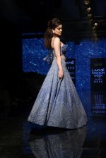 Kangana Ranaut walk the ramp for Disha Patil At lakme fashion week 2019 on 25th Aug 2019 (80)_5d6391a731709.JPG