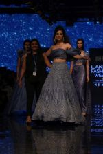 Kangana Ranaut walk the ramp for Disha Patil At lakme fashion week 2019 on 25th Aug 2019 (99)_5d6391fe7a866.JPG