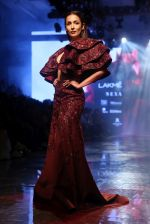 Malaika Arora walk the ramp at lakme fashion week 2019 on 25th Aug 2019 (18)_5d6391d49cfa9.JPG