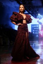 Malaika Arora walk the ramp at lakme fashion week 2019 on 25th Aug 2019 (21)_5d6391e67d580.JPG