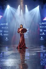 Malaika Arora walk the ramp at lakme fashion week 2019 on 25th Aug 2019 (36)_5d639242c6171.JPG