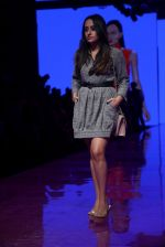 Model At LFW 2019 on 24th Aug 2019 (5)_5d6389127ce2f.JPG