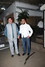 Shatrughan Sinha, Gulshan Grover at the screening of film Mission Mangal in sunny sound juhu on 25th Aug 2019 (15)_5d63938c22055.JPG