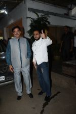 Shatrughan Sinha, Gulshan Grover at the screening of film Mission Mangal in sunny sound juhu on 25th Aug 2019 (17)_5d6393b81e0d4.JPG