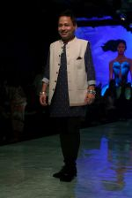 kailash Kher At lakme fashion week 2019 Day 4 on 25th Aug 2019 (34)_5d639223826b0.JPG