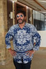 Chunky Pandey at the promotions of film Prasthanam in Sun n Sand, juhu on 26th Aug 2019 (1)_5d64ce1089f7f.JPG