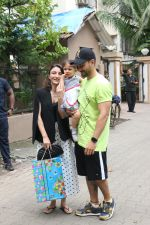 Soha Ali Khan, Kunal Khemu at Shahid Kapoor & Mira Rajput_s daughter Misha birthday party in juhu on 26th Aug 2019 (35)_5d64cf8cf0533.JPG