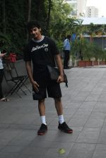 Ishaan Khattar spotted at andheri on 28th Aug 2019 (80)_5d6778aaae07f.JPG