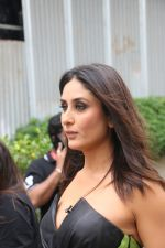 Kareena Kapoor on the sets of Zee TV Dance India Dance in filmcity goregaon on 28th Aug 2019 (25)_5d677c7809059.JPG