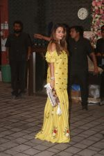 Amrita Arora at Arpita Khan_s home for Ganesh Chaturthi on 2nd Sept 2019 (9)_5d6e24aa84d0b.JPG