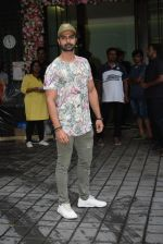 Ashmit Patel at Arpita Khan_s home for Ganesh Chaturthi on 2nd Sept 2019 (28)_5d6e255c0884e.JPG