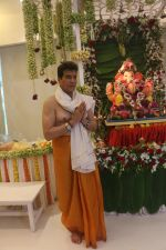 Jeetendra_s Ganpati celebration at his house on 2nd Sept 2019 (27)_5d6e23c8be1b3.JPG