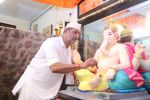 Nana Patekar_s Ganpati celebration at his house on 2nd Sept 2019 (26)_5d6e2457586dc.jpg
