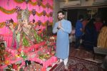 Neil Nitin Mukesh_s Ganpati celebration at his house on 2nd Sept 2019 (28)_5d6e2486e7b46.jpg